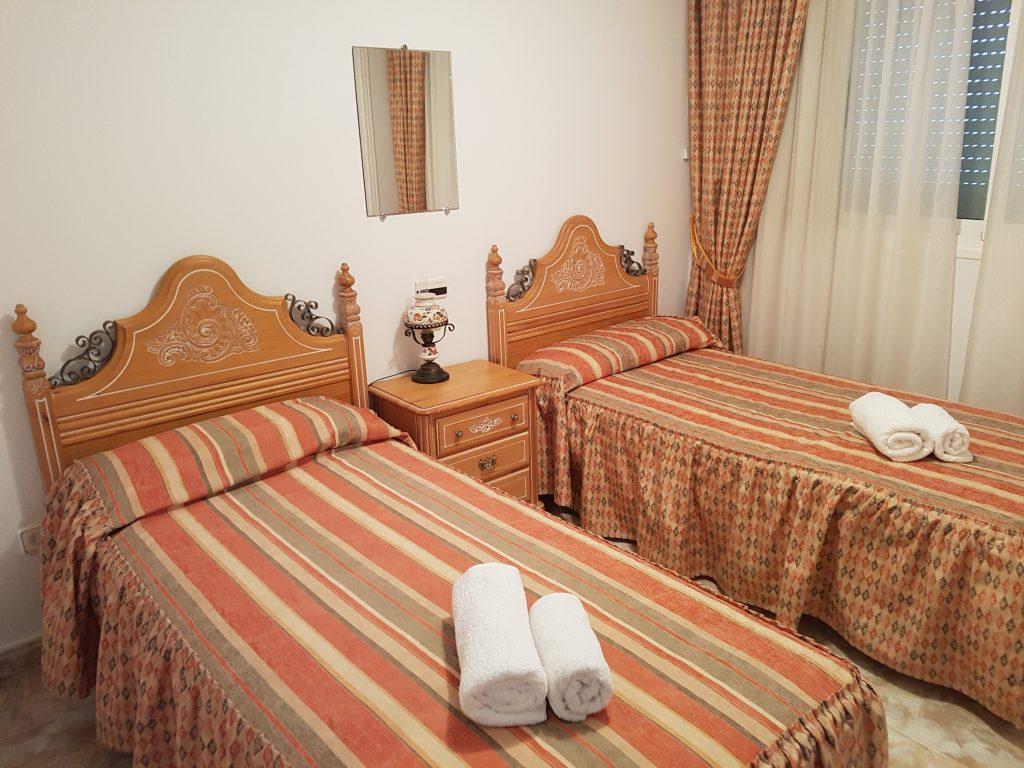 slaapkamer 1-vakantieappartement-spanje